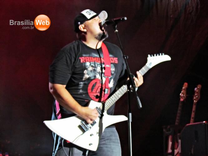 Show do Kiss em Brasília - Digão dos Raimundos