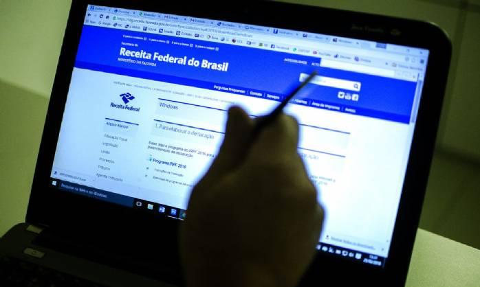 Receita libera consulta a terceiro lote de restituição do IR>
