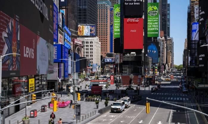 Escolas públicas de Nova York interrompem aulas presenciais