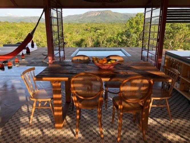 Casa paradisíaca que gera sua própria energia ganha prêmio em revista>