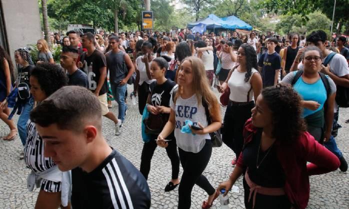 Enem é aceito para ingresso em 50 universidades portuguesas
