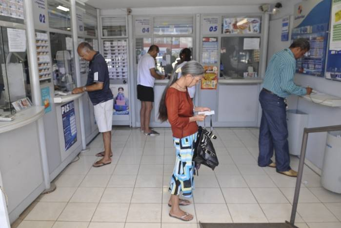 GDF autoriza reabertura de lotéricas e lojas de conveniência>