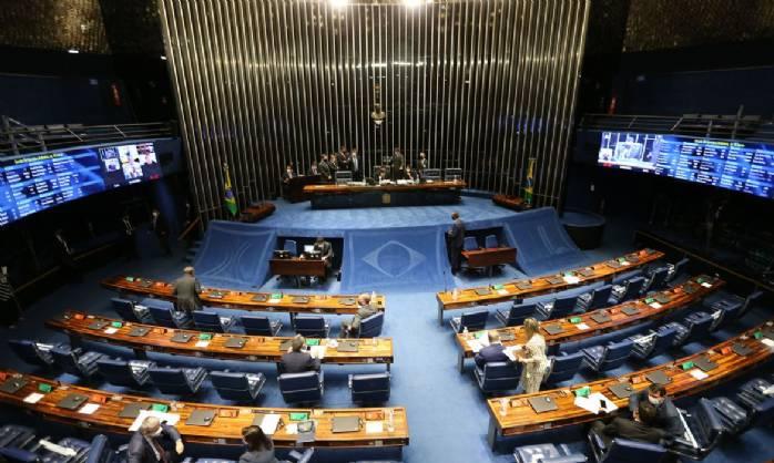 Senador diz ter assinaturas para ampliar investigação da CPI da Covid>