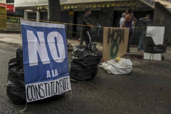 Greve geral da oposição venezuelana registra adesão parcial em Caracas>