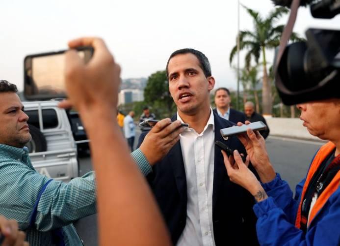 Guaidó pede manifestação pacífica neste sábado na Venezuela