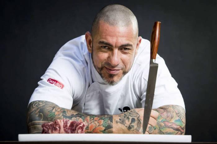 Henrique Fogaça apresenta novos pratos para o Cão Véio Brasília