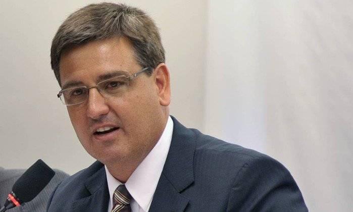 Segóvia diz que deverá realocar delegados e investigadores na Polícia Federal