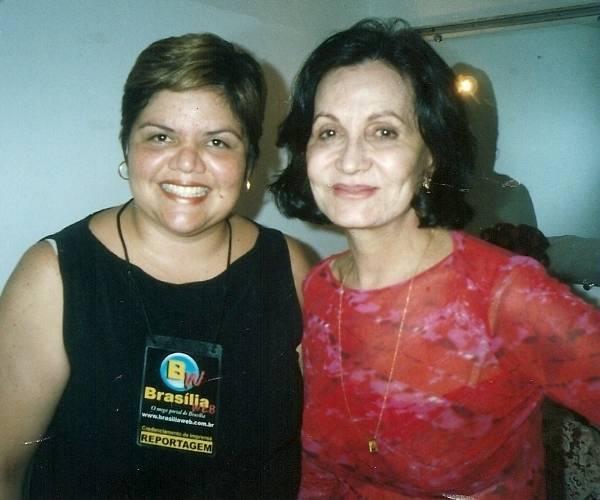 Rosamaria Murtinho na peça Isaurinha Garcia