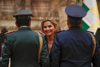 Bolívia expulsa embaixadora do México e dois diplomatas espanhóis