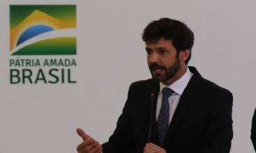 Marcelo Álvaro deixa o Ministério do Turismo