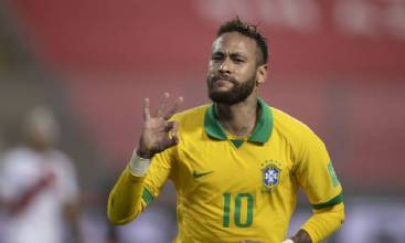 Neymar celebra grande atuação nas Eliminatórias