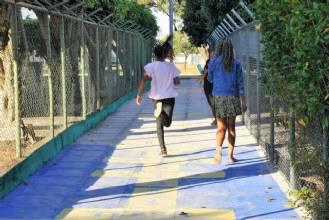Parceria com moradores reforma becos em Taguatinga