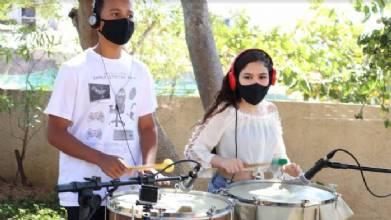 Crianças e adolescentes de São Sebastião lançam livros, músicas e videoclipes