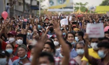 Protestos se espalham por Myanmar contra golpe de Estado