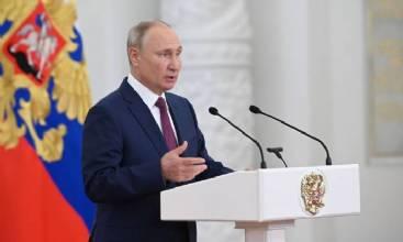Putin recebe delegação russa que irá à Olimpíada sem bandeira nem hino