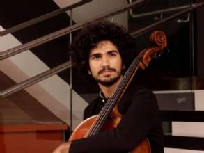 Jovem talento do violoncelo se apresenta nesta sexta (7/5) no CTJ Hall