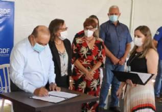 Regularização fundiária chega a mais 700 pessoas