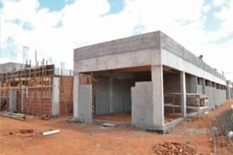 Sete UPAs em construção simultaneamente