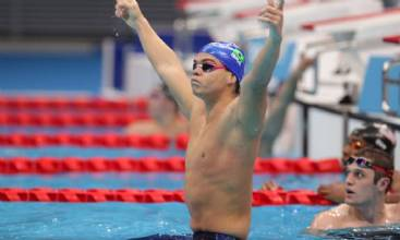 Tóquio: Gabriel Bandeira fatura ouro e Gabrielzinho prata na natação