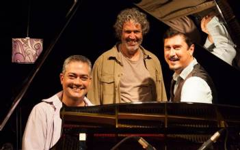 Cais Trio Lança DVD no Clube do Choro