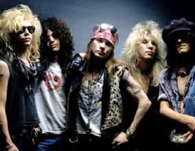 Formação original de Guns N Roses chega a Brasília em novembro