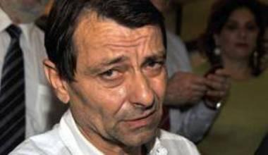 Cesare Battisti presta depoimento na PF após ser detido em Corumbá (MS)
