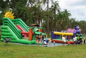 Zoo seleciona empresas de brinquedos infantis para datas comemorativas
