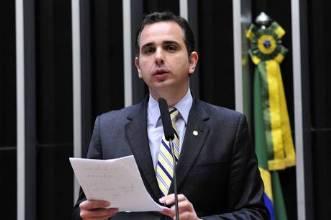 Presidente da CCJ nega pedido para ouvir Janot sobre denúncia contra Temer