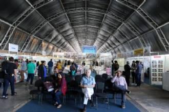 Game da Cidadania desafia jovens que vão à Feira do Livro de Brasília