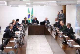 Temer autoriza envio de 800 policiais para reforçar segurança no Rio