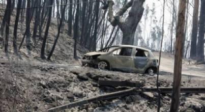 Presidente de Portugal pede que esforços se voltem agora para combate ao fogo