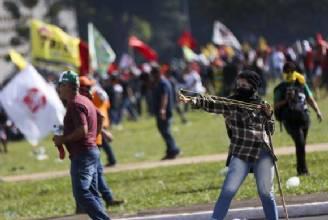 Planalto diz que não havia policiais suficientes para atender a pedido de Maia