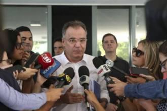 Relator defende debate sobre previdência de estados e municípios