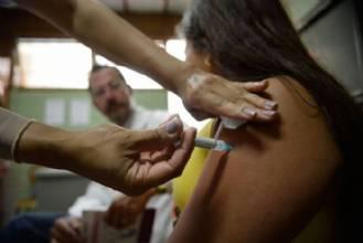 Governo e pesquisadores descartam problemas com vacina contra HPV