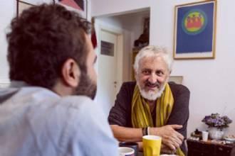Alexandre Ribondi e Abaetê Queiroz selam nova parceria na peça Depois Desse Dia Feliz