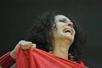 Adaptação teatral contemporânea ao texto clássico de Eurípedes ganha estreia no DF